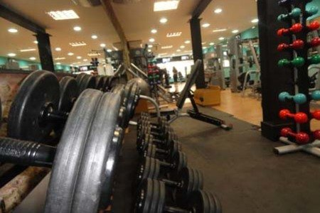 Body Move Academia - Catete - Halteres na sala de musculação da Body Move Academia
