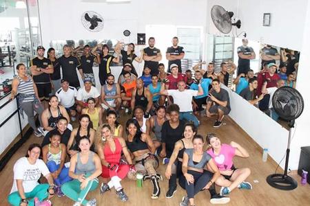 Academia Esporte Movimento.