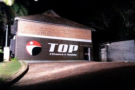 Academia Top Fitness