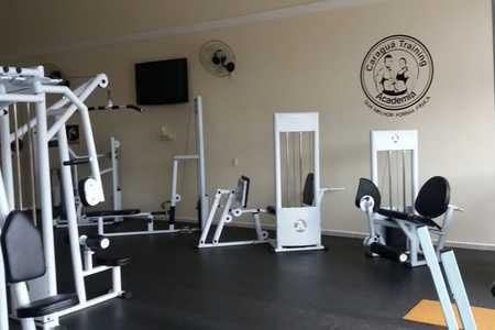Academia Caraguá Training