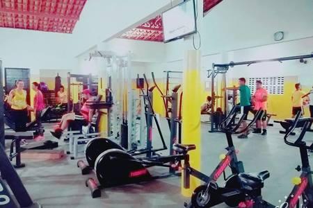 Academia W12 Fitness -