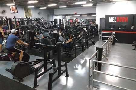 Academia Melburn Fitness   Centro -