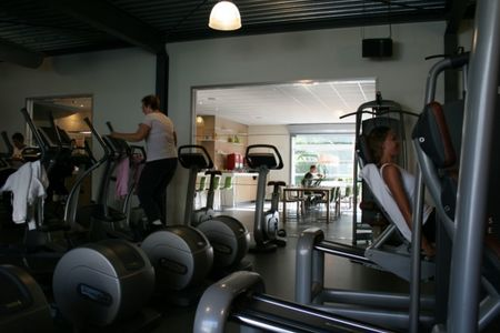 The Wave Sport and Healthclub