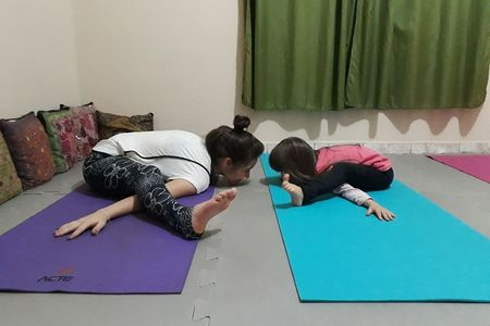 Studio YogaLovers -