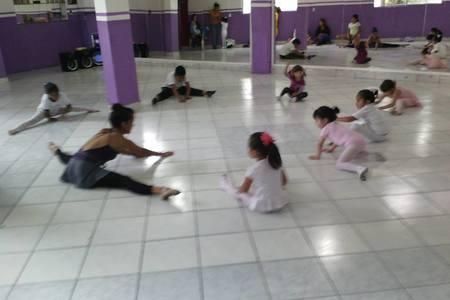 Academia de Baile Bailongo
