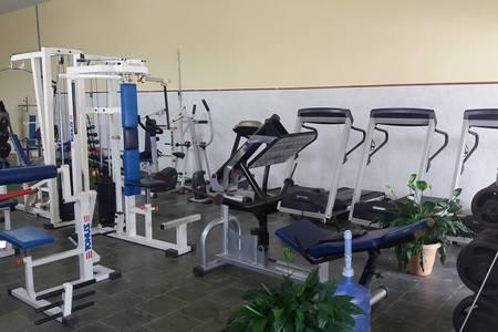 Academia Alambari Fitness