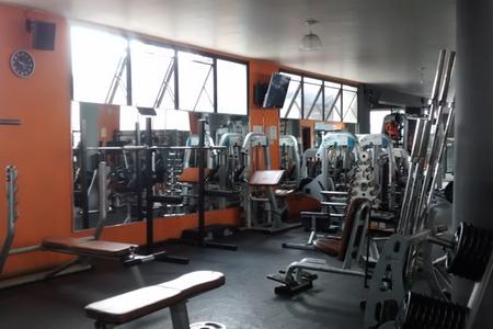 4 Fitness Academia -
