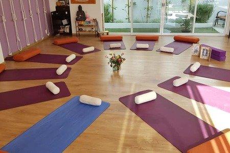 Anamaya Yoga -