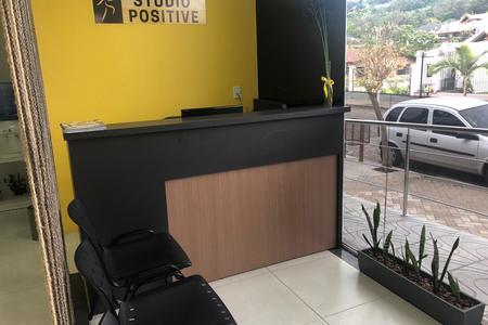 Studio Positive Parobé