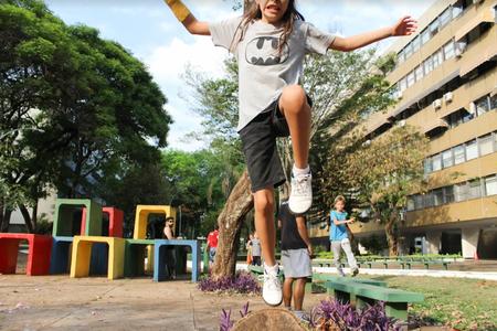 Drop and Leap Escola de Parkour | Central Residencial