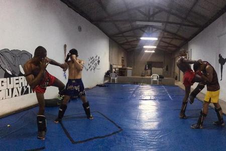 Guerra Muay Thai -