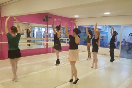 Escola de Dança Gesto's Ballet - Londrina -