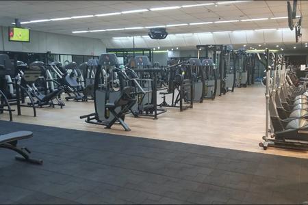 Academia Oásis Fitness -