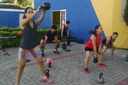 Axis Fit Academia -
