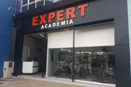 Expert Academia -