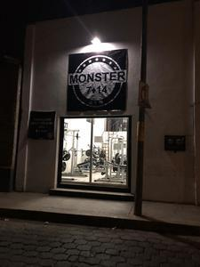Gimnasio Monster 7•14 -