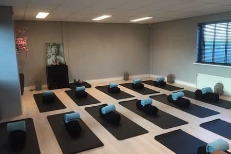 Yoga Rebel -