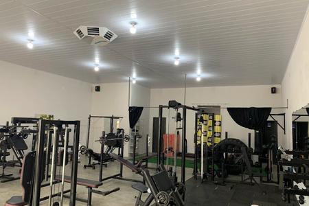 Iron Gym Academia -