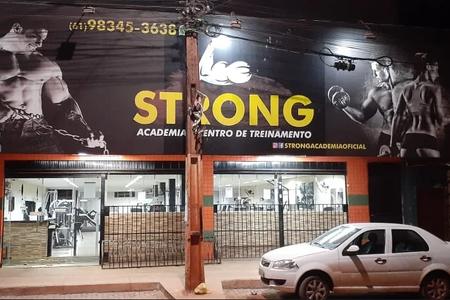 Strong Academia -
