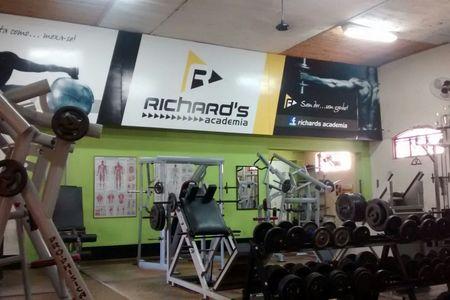 Richard's Academia -