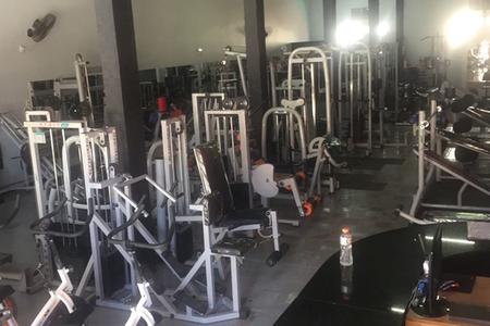 Shape Fitness Academia -