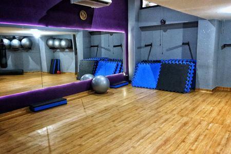 Academia Fitness Mais + -
