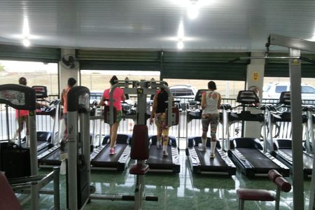 Golden Fitness Academia -