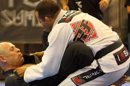 RF Centro de Luchas -