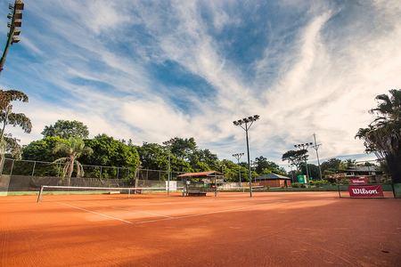 Dumont Tennis Lago Sul -