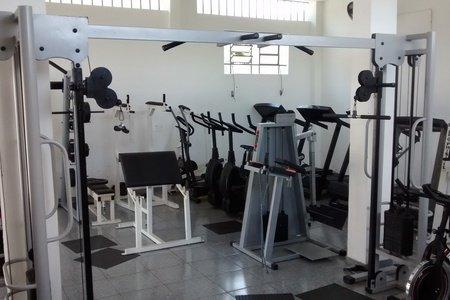 L.E Fitness Academia