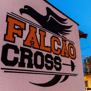 Falcão Cross